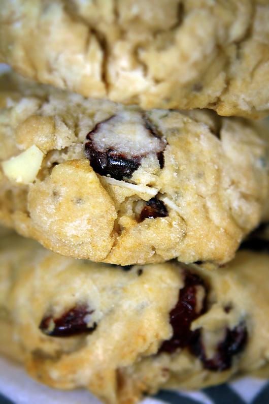 Spelt Cranberry Almond Cookies