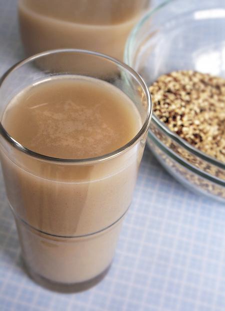 Cinnamon Quinoa Milk