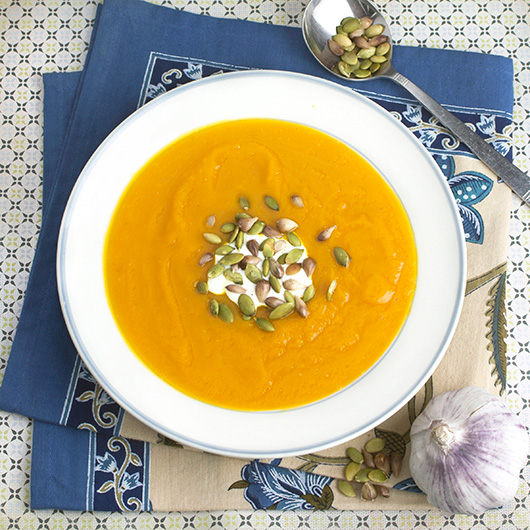 Pumpkin & Garlic Soup with Toasted Pepitas