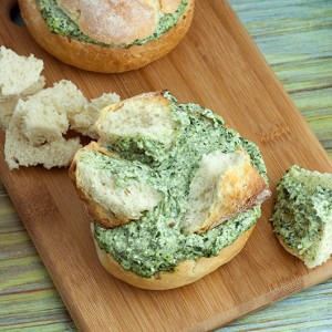Creamy Spinach Dip in Mini Cob