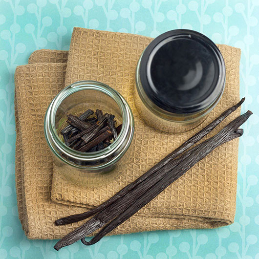 Om Nom Ally - Homemade Vanilla Extract