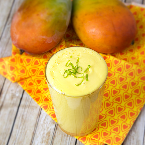 Mango Lassi Smoothie | Om Nom Ally