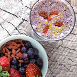 Super Berry Protein Shake @OmNomAlly