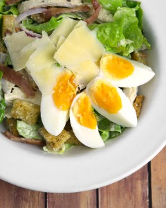 Chicken Caesar Salad with Oven Baked Chicken Bacon & Garlic Croutons @OmNomAlly