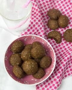 Soft Molasses Almond Cookies   Om Nom Ally