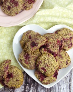Product Review: Norbu Natural Sweetener + Raspberry Oatbran Cookies @OmNomAlly | With a delightful burst of lemon zest to highlight the tart berry flavour, these Raspberry Oatbran Cookies are sweet and chewy, soft and crunchy all at once.
