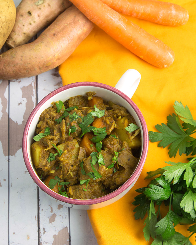 Tangy Slow Cooker Beef Stew with Root Veg @OmNomAlly