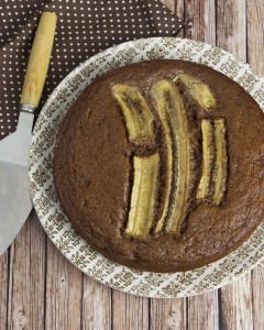 Wholegrain Chocolate Banana Cake with 3-Ingredient Chocolate Syrup @OmNomAlly | This Chocolate Banana Cake is dense, moist and fudgy thanks to the addition of mashed banana, with the amazing flavour of real banana and chocolate infused in every crumb.