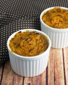 Recipe Redux: Black Bean Chilli Pot Pies with Cumin Sweet Potato Crust @OmNomAlly