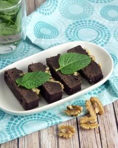 Fresh Mint Cacao Brownies with Walnuts @OmNomAlly-