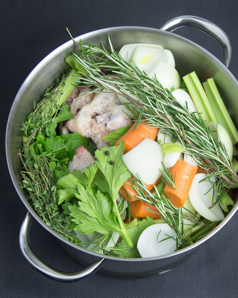 How to Make Chicken Stock from Frozen Carcasses @OmNomAlly