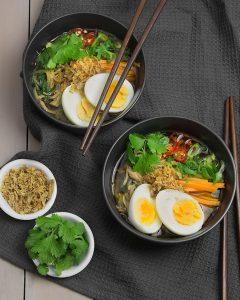 Slow Cooker (Paleo) Pork Noodle Soup with Spiralised Daikon Noodles @OmNomAlly #Glutenfree #Paleo #Low Carb