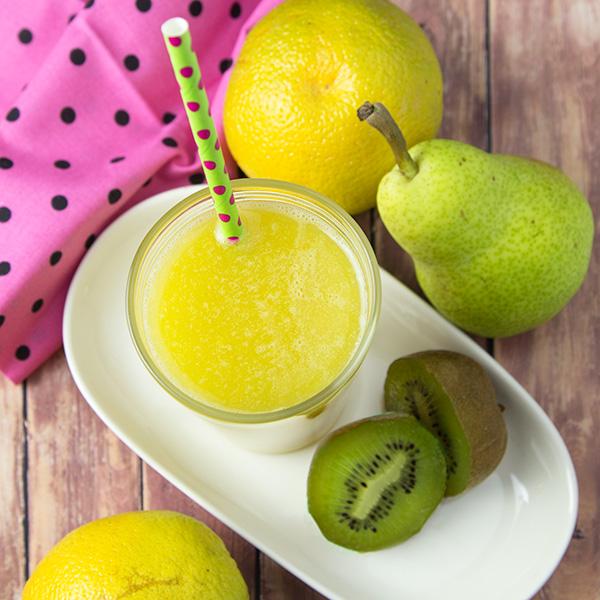 Antiinflammatory Kiwi Tonic Juice | Om Nom Ally