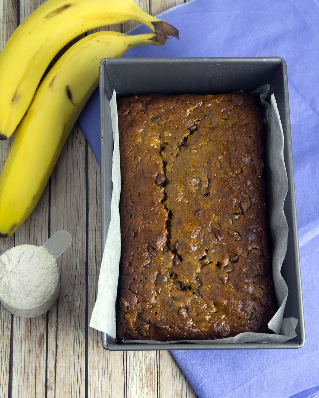 Choc Chip Protein Banana Bread @OmNomAlly