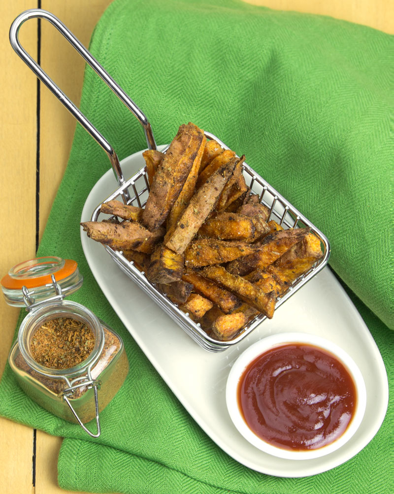 Super Crispy (Baked) Cajun Sweet Potato Fries @OmNomAlly Vegan, Paleo & Gluten-Free!